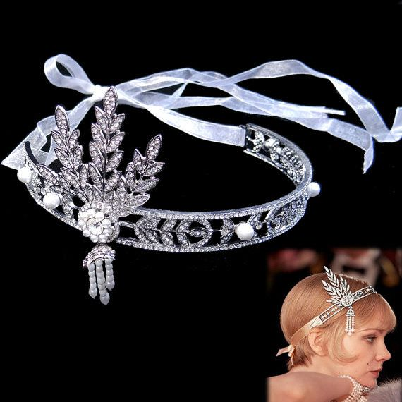 This is the famous diamonds and pearls headpiece from the movie The Great Gatsby.