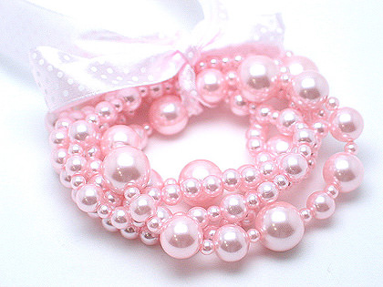 Click here to shop for pink pearls online.
