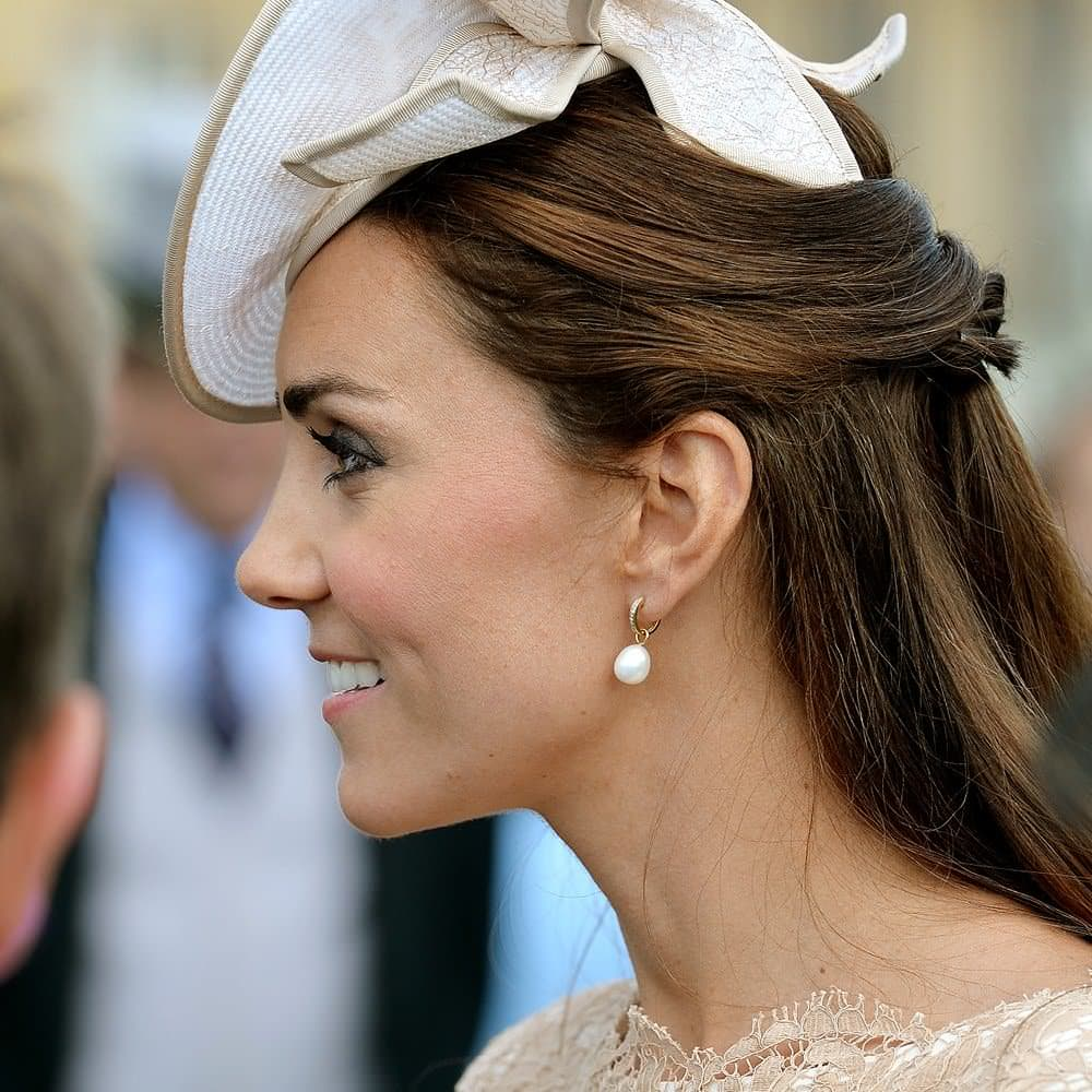 Kate Middleton, Duchess of Cambridge, looks amazing in her simple drop pearl earrings.