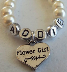 Doesn't this Engraved Flower Girl Pearl Wedding Bracelet make a great gift from the bride?