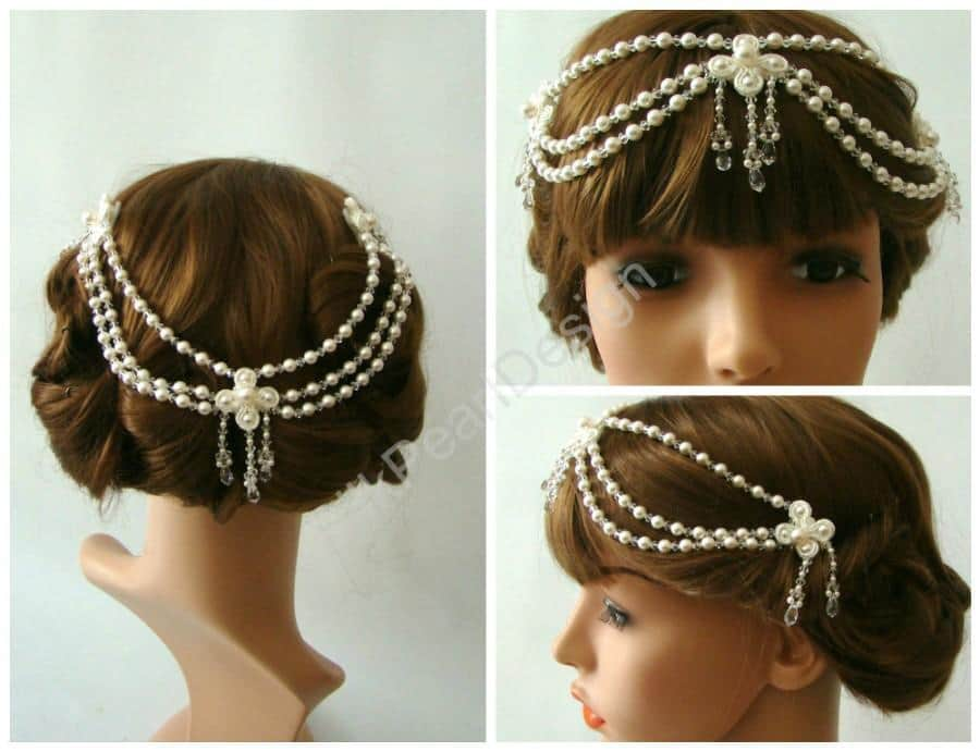 Forehead bands or headpieces give the illusion of bridal crowns.
