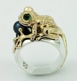 Gold Emerald and Black Tahitian Pearl Frog Ring