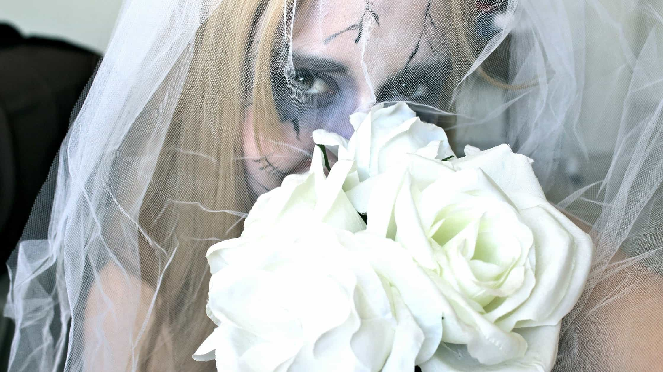 Being a Halloween bride doesn't necessarily mean you have to have a gory theme. But, if you like it. We love it.