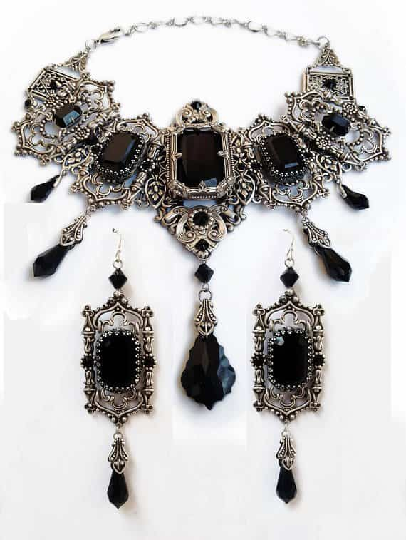 Halloween Wedding Jewelry Ideas: Gothic