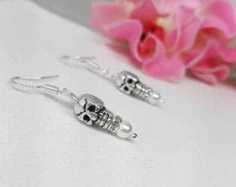 Halloween Wedding Jewelry Ideas: Skeleton Earrings