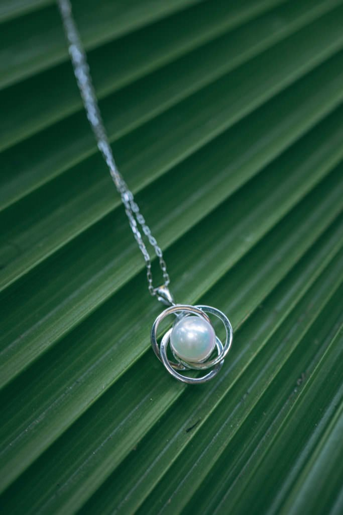 Pearl Necklace by The Pearl Source. Mika Larson Photography
