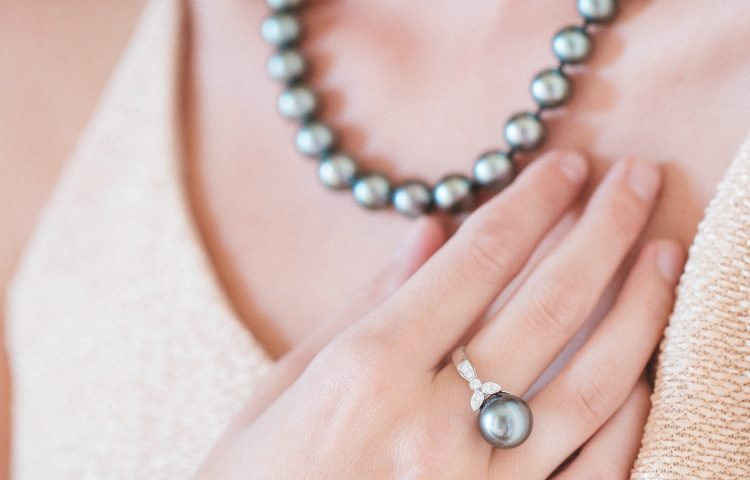 The Pearl Source Grey Pearl Necklace and Ring Set