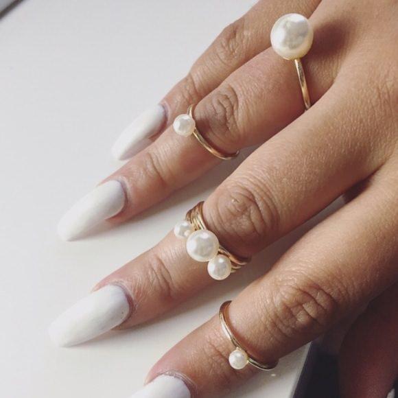 Pearl Midi Rings
