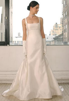 Square Necklines are also one of the upcoming fashion trends for 2018 brides and weddings.