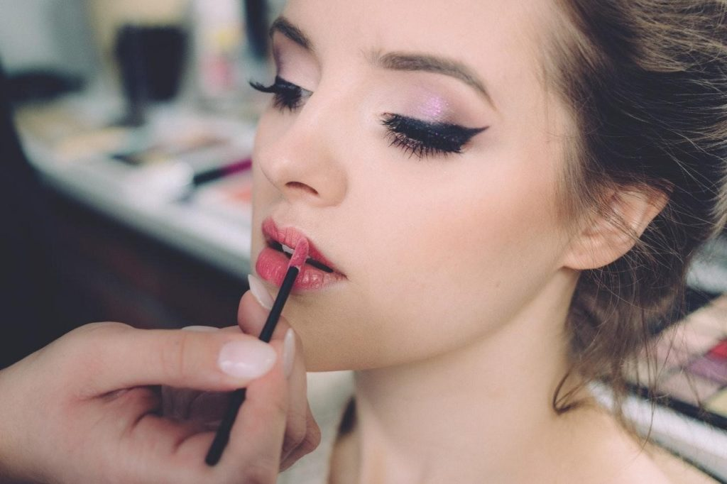 Take your festive makeup to the next level to look your best for the holidays.
