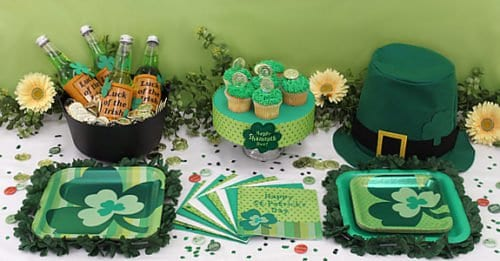 St Patty Day Decorated Table for Parties