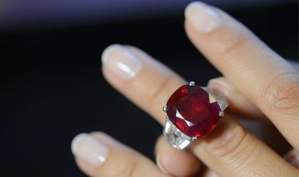 10 Most Valuable Gemstones In The World The Pearl Source