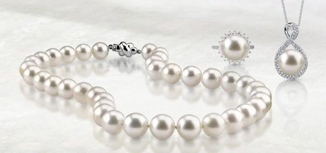Image result for Is Twitter Beneficial for Your Pearl Jewelry Store