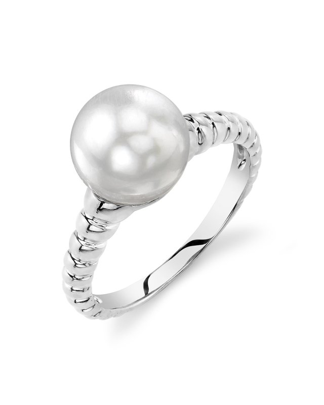 White South Sea Pearl Terrie Ring