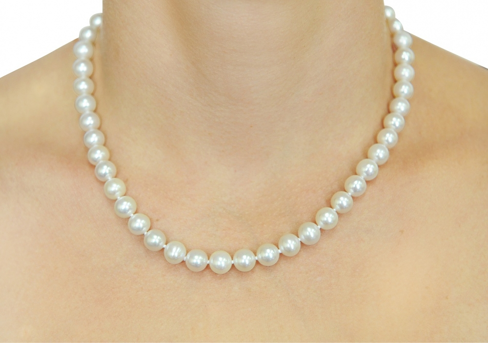 8 9mm White Freshwater Pearl Necklace