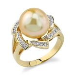Golden Pearl & Diamond Nova Ring