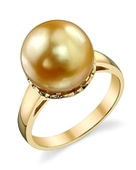 Golden Pearl Laurel Ring